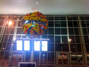 Bienvenido - Welcome balloon waiting for its family at the JFK